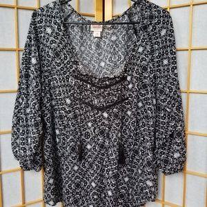 Black and White Pattern 3/4 Sleeve Loose Flowy Top
